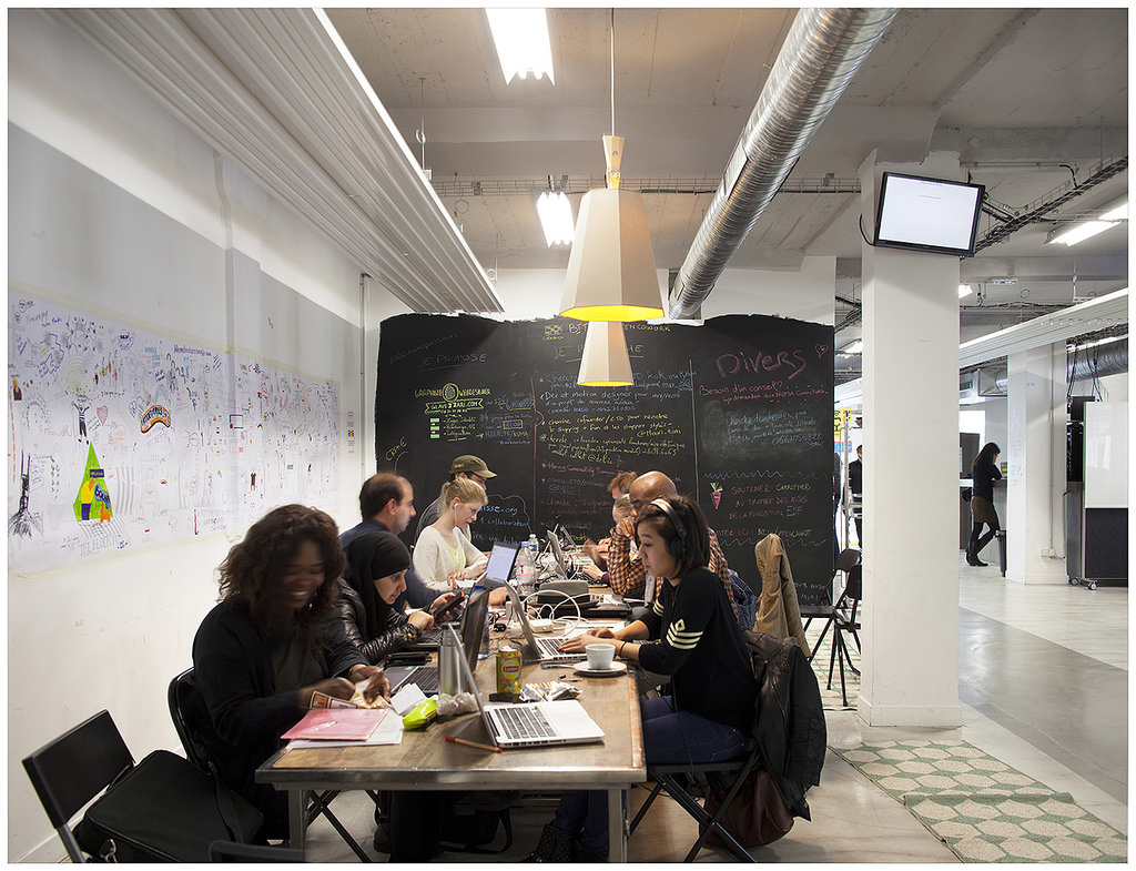 NUMA er et center for iværksættere med afdelinger i Paris og Moskva og med udbygningsplaner, der omfatter 15 lande inden 2019. NUMA samler tre hovedaktiviteter under én paraply: community events, opstart acceleration, og innovationsprogrammer for virksomheder - og viser samtidig, at fransk innovation lever og har det godt.